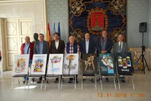 Carteles anunciadores de las fiestas de la ciudad y sus representantes
