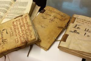 Presentación libros restaurados. Foto AMA