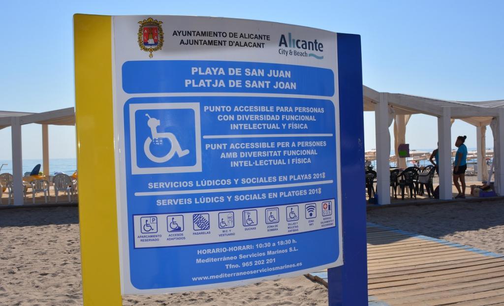 Recorrido por las áreas de servicios lúdicos y de apoyo social en las  playas | Ayuntamiento de Alicante