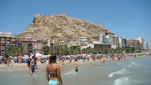 Alicante se consolida como destino tur stico internacional for Oficina internacional de destino correos