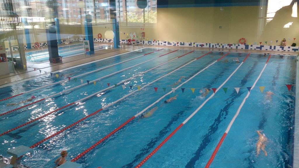 Aviso horario piscinas municipales ayuntamiento de for Horario piscina alaquas