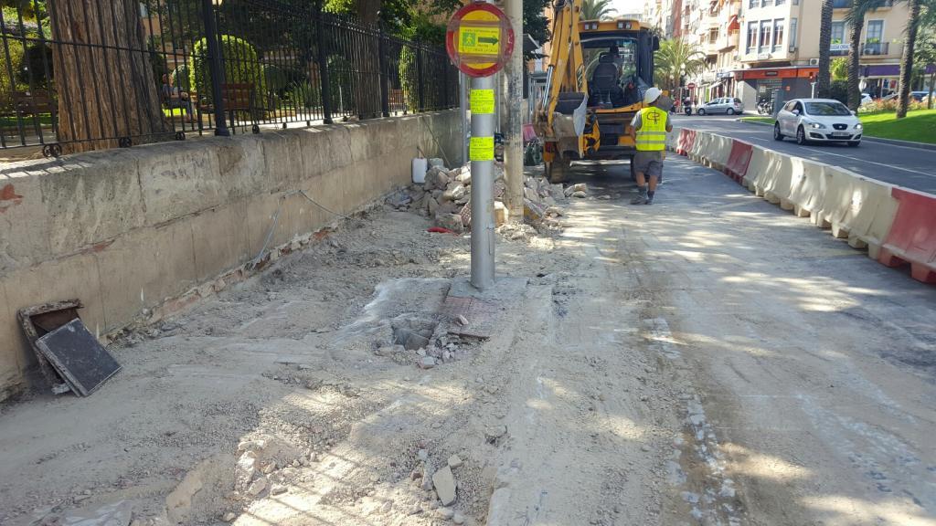 Urbanismo mejora la accesibilidad y tr nsito de peatones a - Alicante urbanismo ...