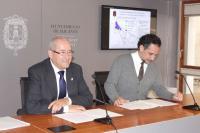 Los concejales de Seguridad y Transportes, José Ramón Gonzalez, y Limpieza e Infraestructuras, Israel Cortés, presentaron en rueda de prensa el ...