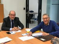 Reunión entre el concejal de Tráfico, José Ramón González, y el presidente de la Asociación La Voz de la Florida, José María Hernández Mata