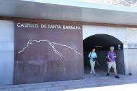 El Ayuntamiento de Alicante inicia las tareas de mejora del acceso al baluarte del Castillo de Santa Bárbara