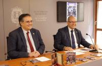 El concejal de Fiestas junto al presidente de la Junta Mayor de Hermandades y Cofradías