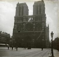 Catedral de Notre Dame, 1920. Colección Francisco Ramos