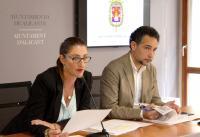 La portavoz del equipo de gobierno, Mari Carmen de España, informa en rueda de prensa de los expedientes aprobados en junta de gobierno.