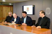 Anuncio del relevo en la custodia de la reliquia Santa Faz y el Monasterio, que correrá a cargo de las Monjas de la Sangre en sustitución de las ...