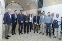 Luis Barcala junto a diferentes miembros de la corporación municipal y el arquitecto Alejandro Ybarra