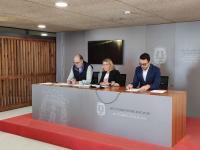 Mari Carmen Sánchez, vicealcaldesa del ayuntamiento y los concejales Manuel Villar y Adrián Santos