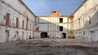 Imagen actual del claustro de la antigua Fábrica de Tabacos