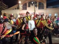 La concejala Lidia López con un grupo de participantes en el Halloween alicantino