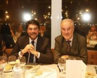 El alcalde de Alicante, Luis Barcala junto al presidente de la Asociación de Restaurantes de Alicante (ARA), Antonio Pérez