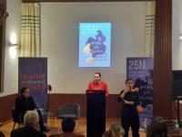 La concejala de Igualdad, María Conejero, durante la presentación de la exposición