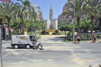 operarios del servicio de limpieza viaria