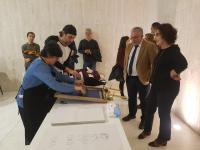 El concejal de Cultura, Antonio Manresa, durante la inaguración de la exposición