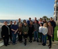 Grupo de estudiantes americanos junto con la vicealcaldesa de Alicante, Mari Carmen Sánchez