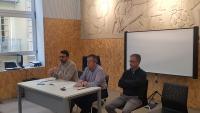 El concejal de Urbanismo, Adrián Santos, en la reunión con los colegios profesionales del sector urbanístico