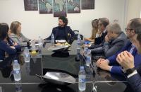 Julia Llopis, en la presentación, junto al presidente de MEDAC y representantes del mundo de la empresa y la comunicación