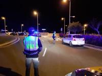 Control de la Policía Local de Alicante para hacer que se cumplan las medidas del estado de alarma