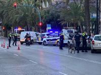 La Policía Local disuelve dos fiestas en las que denuncia a ocho personas por desobediencia del estado de alarma en Alicante