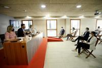 El alcalde de Alicante, Luis Barcala, la vicealcaldesa, Mari Carmen Sánchez, y la Concejala de Empleo y Desarrollo Local, Mari Carmen de España