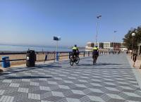 Más de doscientos Policías Locales participan en un operativo especial para evitar aglomeraciones y vigilar aforos de establecimientos de hostelería y restauración este fin de semana en Alicante