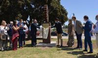 El alcalde inaugura un monumento dedicado a la acción social y medioambiental de los rotarios en el parque forestal del PAU5