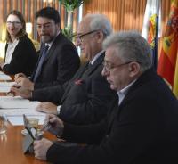 En primer plano, el concejal de Cultura, Antonio Manresa