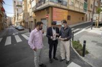 El alcalde de Alicante, Luis Barcala, y el concejal de Urbanismo, Adrián Santos Perez