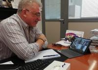 El concejal de Cultura, Antonio Manresa, en el despacho desde el que dirige su departamento