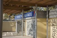 Oficina de turismo en playa de San Juan