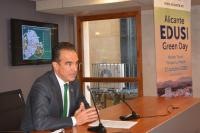 El concejal Antonio Peral, en la presentación