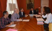 José Luis Berenguer, en el fondo de la mesa, en una pasada reunión sobre el Centro de Tecnificación