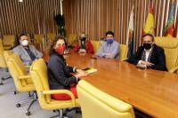 Un instante de la reunión mantenida en el Ayuntamiento de Alicante