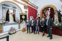 La vicealcaldesa y el concejal de Seguridad de Alicante han visitado el Altar de Culto de la Hermandad de Santa Cruz