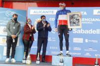 Ceremonia de entrega de premios de la 2ª etapa de la Volta Ciclista a la Comunitat Valenciana