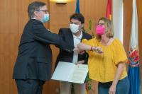 El alcalde de Alicante junto con la concejala de Empleo y Fomento firman un convenio con el director general de Aguas Municipalizadas de Alicante, ...
