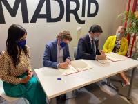 Los alcaldes Barcala y Martínez-Almeida y las vicealcaldesas Sánchez y Villacís firman en Fitur un acuerdo para el intercambio de promoción tur...