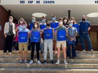 Mari Carmen Sánchez con los alumnos del IES Cabo de la Huerta