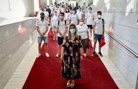 La vicealcaldesa recibe a los 42 informadores turísticos