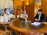 Barcala recibe al general del MOE Francisco García Alcanta