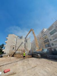 Demolición edificio José Luis Barceló