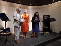 Lidia López recoge el premio de la Fundación de servicios Familiares de la Comunidad Valenciana