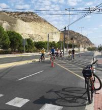 El Ayuntamiento mantiene peatonalizada la Cantera y el centro de Alicante los domingos y festivos