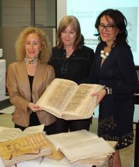 Presentación de los libros restaurados. Foto AMA