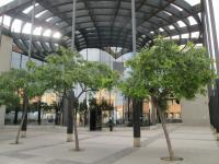 Panorámica exterior del centro de mayores Los Ángeles