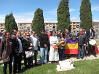 Homenaje en el Cementerio