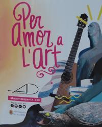 Uno de los carteles que ya se ve anunciando el festival en la vía pública